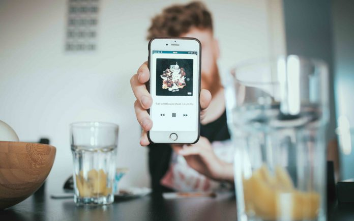 iTunes | Photo by Igor Miske on Unsplash
